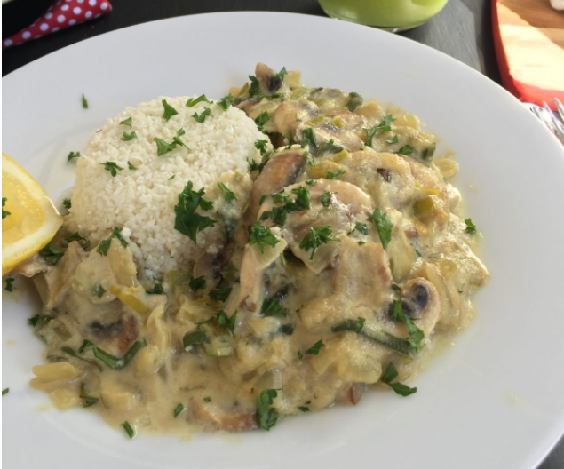 Vegan Creamy Mushroom & Leek Sauce with Caramelized Onions