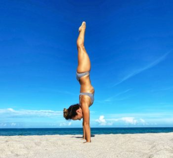 How To Do A Handstand: Your 30-Day Journey with Kino